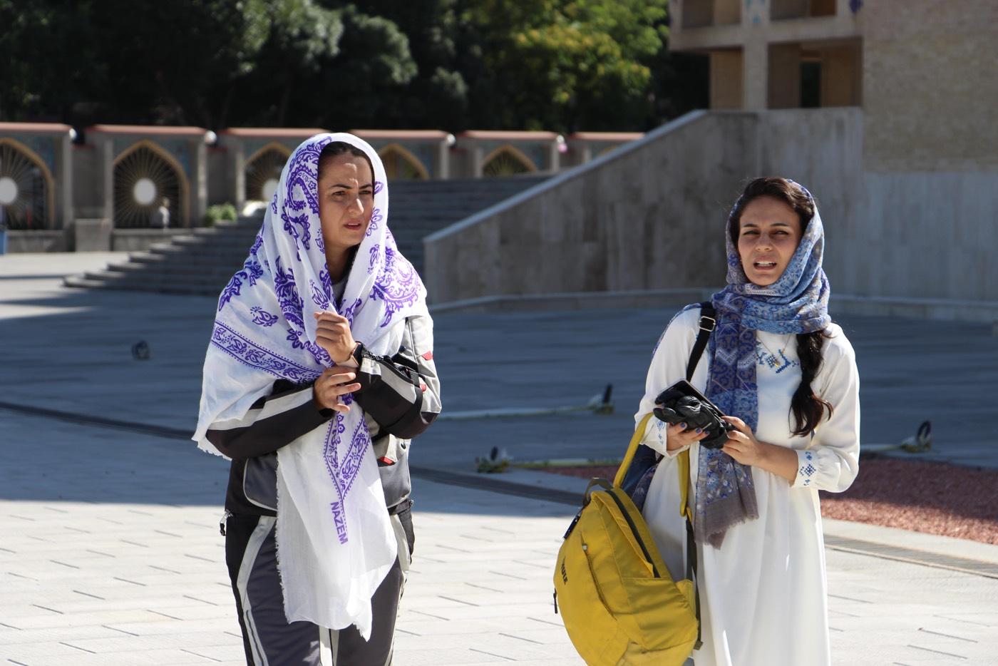 asil_iranda_asil özbay-iran da_3Tek başına motosikletle İran'ı gezdi