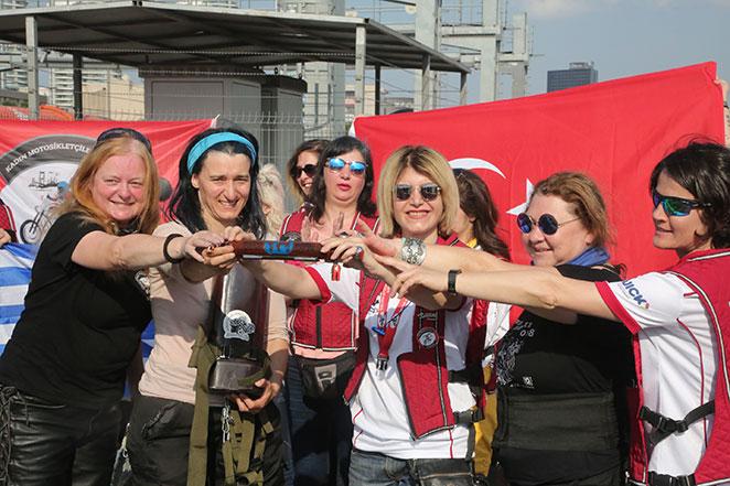 Rüzgarın peşindeki kadınlar Türkiye'de