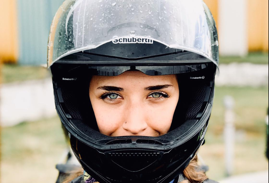 Eda Öztürk: Koronavirüsü atlatmak için motosiklete binmek